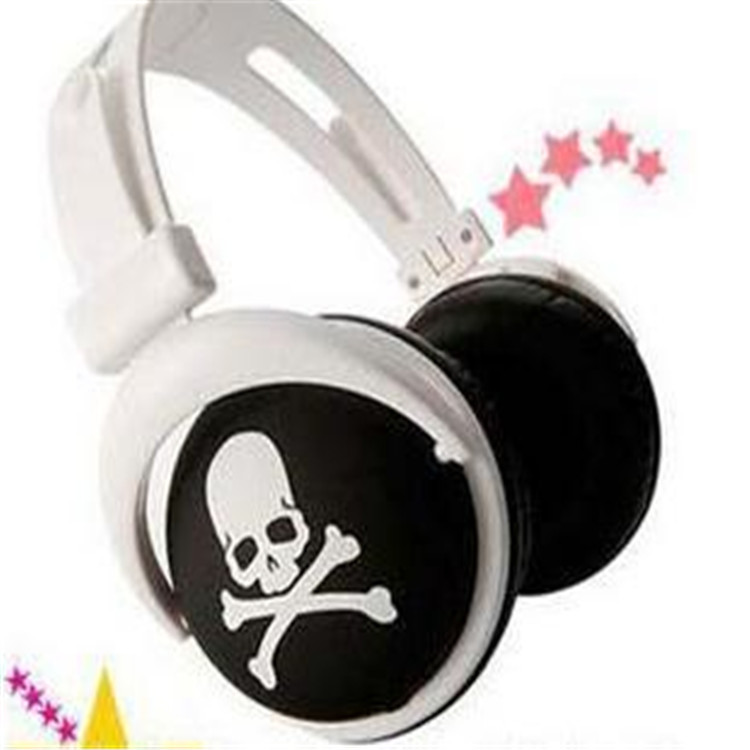 SOKELY skull style Big Star Pattern Style 3.5mm Head Type Mega Bass Sports Earphone 1.2M Wired