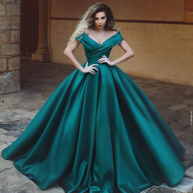 Green Off The Shoulder Long Evening Dress Pleated Satin Floor Length Ball Gown Formal Prom Gowns