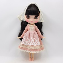 Neo Blythe Doll Light Pink Dress With Lace Scarf