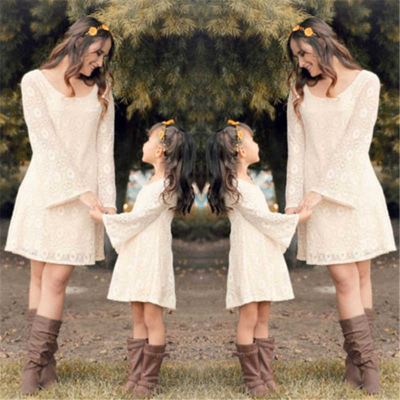 Family Matching Dresses Mother And Daughter Lace Dress Women Girls Long Sleeve Dresses 2017 New Arrival Hot Family Match Clothes