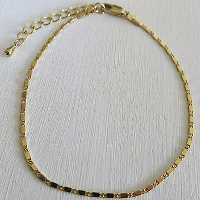 Simple metal anklet. Gold and silver color