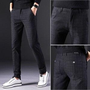 Image 2 - 2019 novas calças masculinas em linha reta soltas calças casuais tamanho grande algodão moda masculina terno de negócios calças xadrez marrom cinza algodão