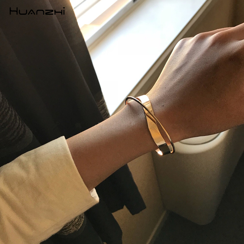 HUANZHI Jewelry Bangle Party Cross-Ripple Korean Women Geometric Girls New for Opening