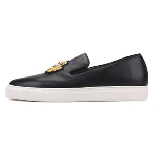 Image 2 - بيرجتار 2020 جديد أسود ألوان جلد أصلي للرجال أحذية رياضية صناعة يدوية حرير هندي تطريز حذاء رجالي كاجوال أبيض