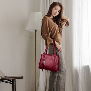 Image 4 - Nieuwe Lederen Kwastje Zakken Grote Capaciteit Vrouwen Schouder Messenger Bag Handtas Beroemde Big Bag Designer Handtassen Hoge Kwaliteit Sac