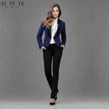 Pantalon noir veste bleue femme
