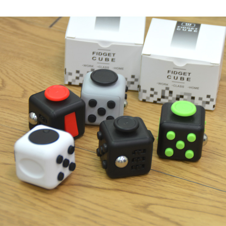 Fidget Cube Toy Vinyl Desk Finger Toys Squeeze Fun Stress Reliever 3.3cm High Quality Antistress Cubo 12 Style