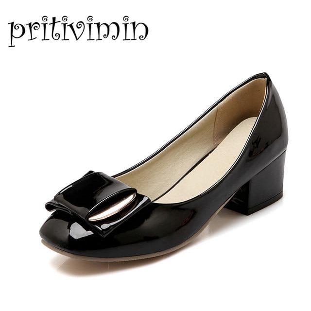 c8bd5e23fe Mulheres do dedo do pé quadrado sapatos de salto baixo meninas grande  tamanho do vestido sapatas