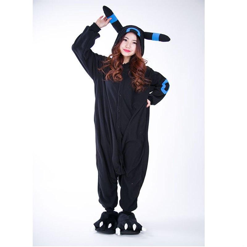 Nuevo anime Pokemon Cosplay Costume negro Pikachu umbreon pijamas unisex  partido onesie para adultos mujeres hombre traje envío gratis en Disfraces  anime ... 77938578a541