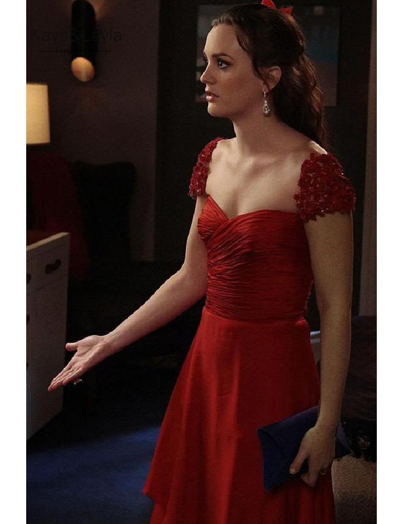 Платье сплетница красное