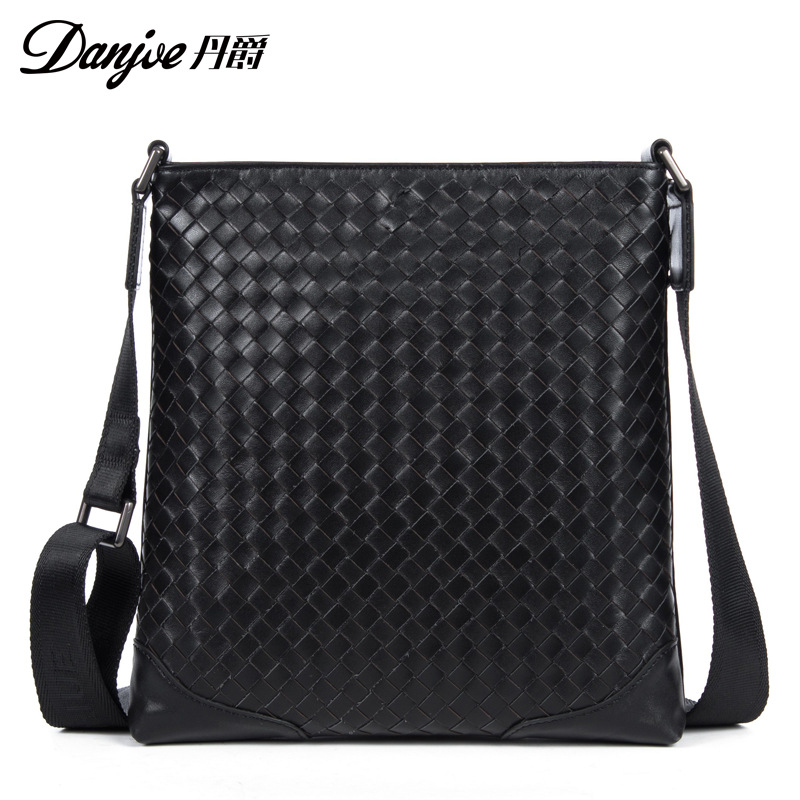 DANJUE 2018Genuine Leather Men Briefcase Male Bags Shoulder Crossbody Business Bag High Quality Handbag Trendy Computer Laptop new high quality male leather men laptop briefcase bag 14 inch computer bags handbag business bag single shoulder business bags