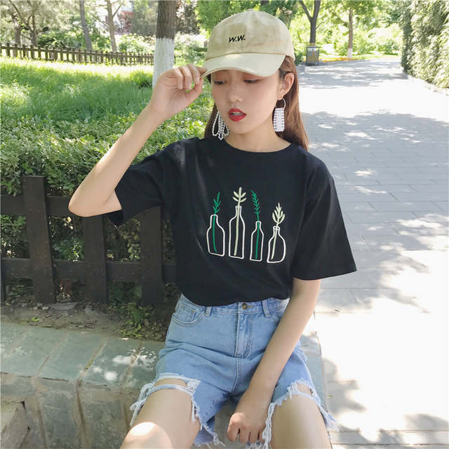 c3c0907d6fa Ulzzang Grass Embroidery T Shirt 2018 Korean Women Clothing Japan Summer  Style Couple Printed Funny Cartoon