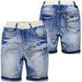 4033 shorts do menino verão denim macio shorts jeans meninos 50% comprimento crianças fresca de verão na altura do joelho-comprimento pintura ponto de luz azul 4-10 anos