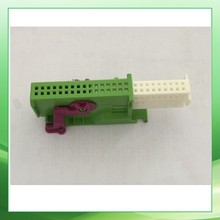 Фотография Plastic / Automotive Electrical Connector /terminal / seal/ECU  32-pin connector/1719057-2(green)