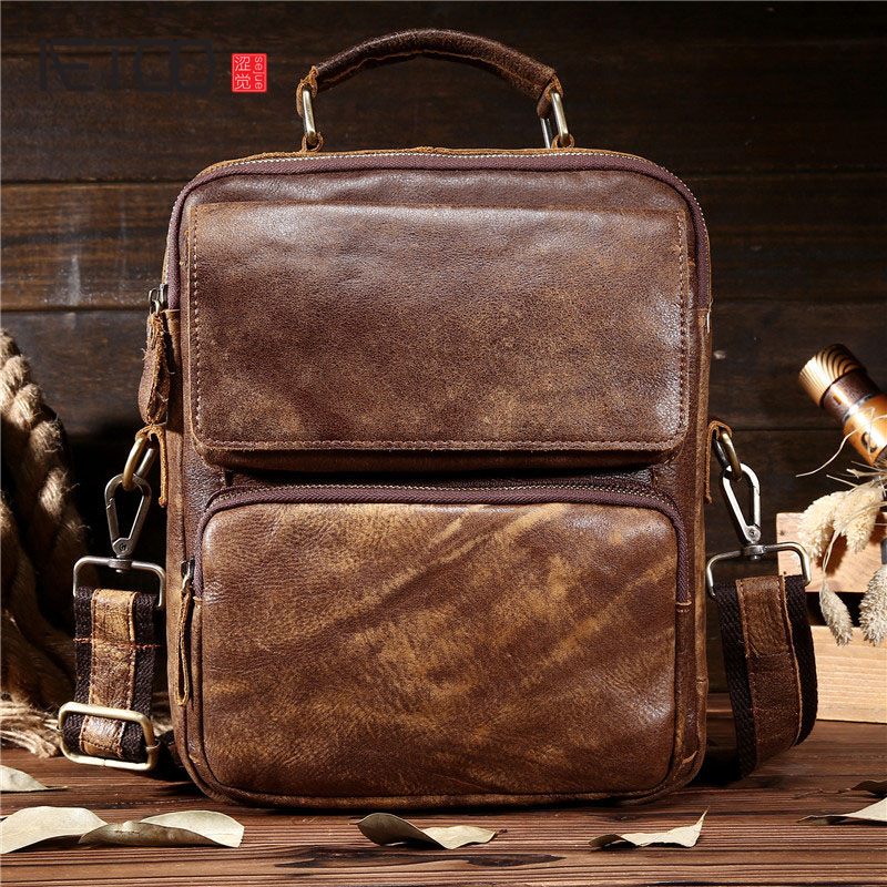 AETOO Men s leather Messenger bag head layer leather leather men s students shoulder bag diagonal