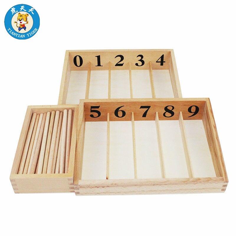 Montessori matériel mathématiques apprentissage précoce jouets éducatifs en bois 45 broches avec des numéros de boîte de 0-9