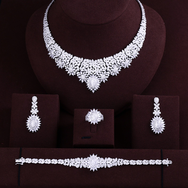 Elegant Bridal Cubic Zirconia Necklace Set