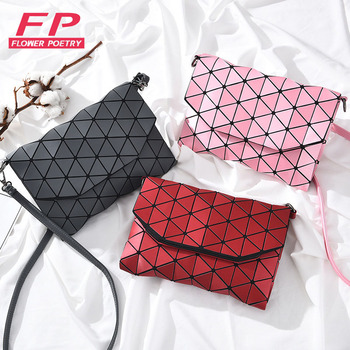 New Luminous Bao Bag Women Messenger Shoulder Bags For Women 2018 Casual Clutch Evening Bag Fold Over Handbags Geometric Bao Bag