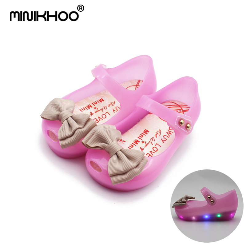 Mini Melissa 2018 New LED Flashing jelly Sandals Cute Girls jelly sandals Shoes Bow Princess Baby Sandals Anti-skid EUR 24-29