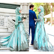 2019 Arabic Mint Green Muslim Prom Dresses With Long Sleeves A-Line High Neck Satin Appliqued Evening Gowns Custom