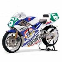 Assemble motorcycle model 14110 1/12 HONDA NSR250 90