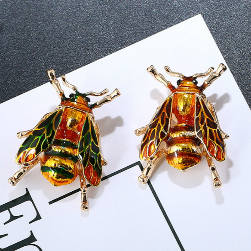 Antique Gold Colorized Brown Cicada Brooch Oil Drip Evening Dress Hats Scarf Trendy Jewelry Brooches For Woman Party Accessories
