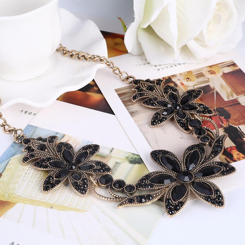19 Fashion Designer Chain Choker Statement Necklace Women Necklace Bib Necklaces & Pendants Gold Silver Chain Vintage Jewelry 17