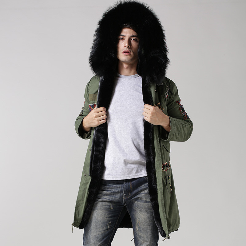 62130012fa8 UK style army green coat black inside long jacket real big raccoon fur  collar with faux fur lining beading hood men fur parka-in Parkas from Men s  Clothing ...
