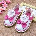 2017 orejas de conejo verano del bebé de las muchachas hollow out cartoon shoes agujeros verano de las muchachas infantiles del bebé primeros caminante tamaño 5.5-8