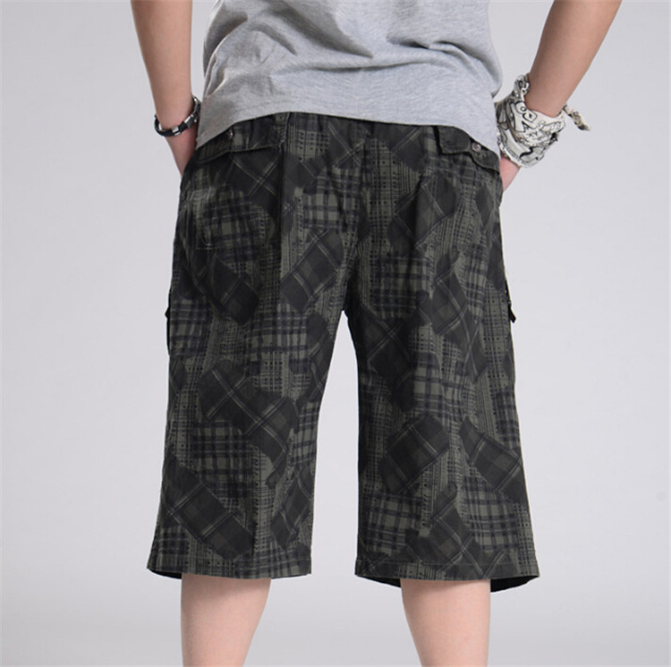 6bb49d8ade6e6 Xl 6Xl Men Summer Plus Size Short Loose Elastic Waist Cotton Short Pants Man  Army Green Camuflage Summer Cargo Shorts A3368-in Casual Shorts from Men s  ...
