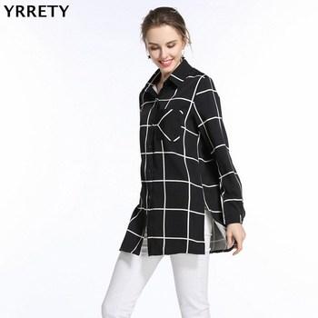 84f35e2eb62975d Yrrety 2018 Блузки для малышек свободные рубашки в клетку Кнопка Дамы Топы  корректирующие с длинным рукавом Женская одежда в черно-белую полоску.