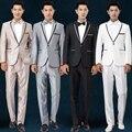 Frete grátis mais recentes modelos casaco calça 2016 novos homens ternos Padrinhos de casamento branco vestido anfitrião cantor trajes mens ternos de prata
