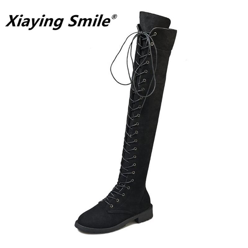 Xiaying 스마일 여성 무릎 부츠 겨울 fahion 크로스 묶인 솔리드 부츠 숙녀 인기 eurpean 스타일 우편 고무 신발-에서무릎위 부츠부터 신발 의  그룹 1