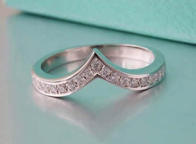 Elegant Wedding Band AU750 Ring Solid AU750 White Gold Bridal