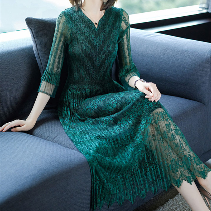 2019 New Pleated Summer Women Dress V neck Lace Patchwork Elegant Dresses for Women Green Black
