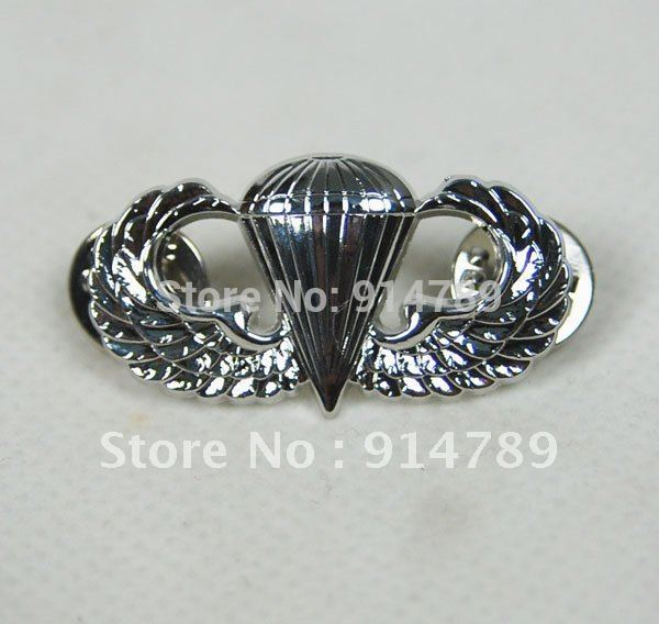 US ARMY AIRBORNE PARATROOPER PARACHUTIST JUMP WINGS BADGE INSIGNIA PIN -32025