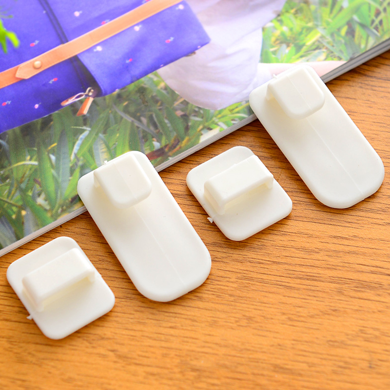 Plastic Hooks 2 Pairs(4pcs) Sticky Hook Set Air Conditioner Remote Control Key Practical Wall Storage Holder Strong Hanger