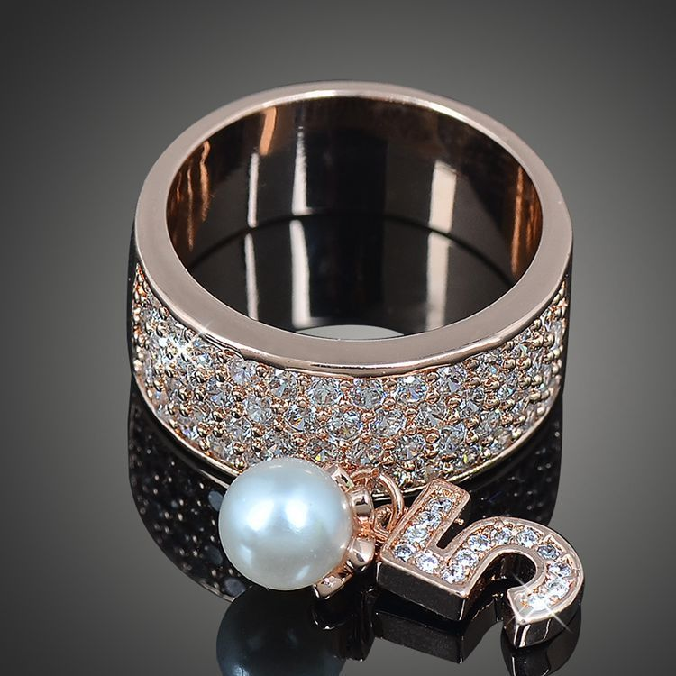 Designer Cz Love Wedding Titanium Rings Womens Jewelry Archives Classic Fashion Pearl Zircon Number 5 Ring Famous Brand