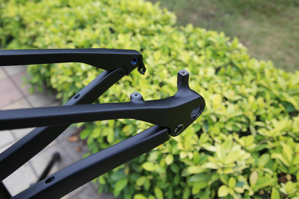 CARBON-SUSPENSION-BIKE-FRAME10