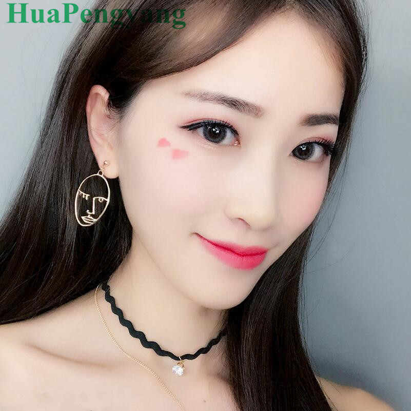 2018 Novelty Earrings Personalized Face Hollow Oval Earrings Female Sale Leader Earrings