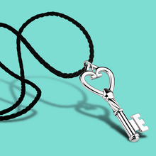 925 sterling silver key shape pendant,woman rope chain,lady fashion jewelry necklace,Valentine's day gifts for girlfriend