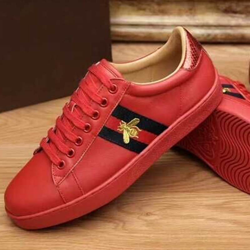 Новые мужские из натуральной кожи Bee вышивки на шнуровке Кроссовки Повседневное спортивные кроссовки B86