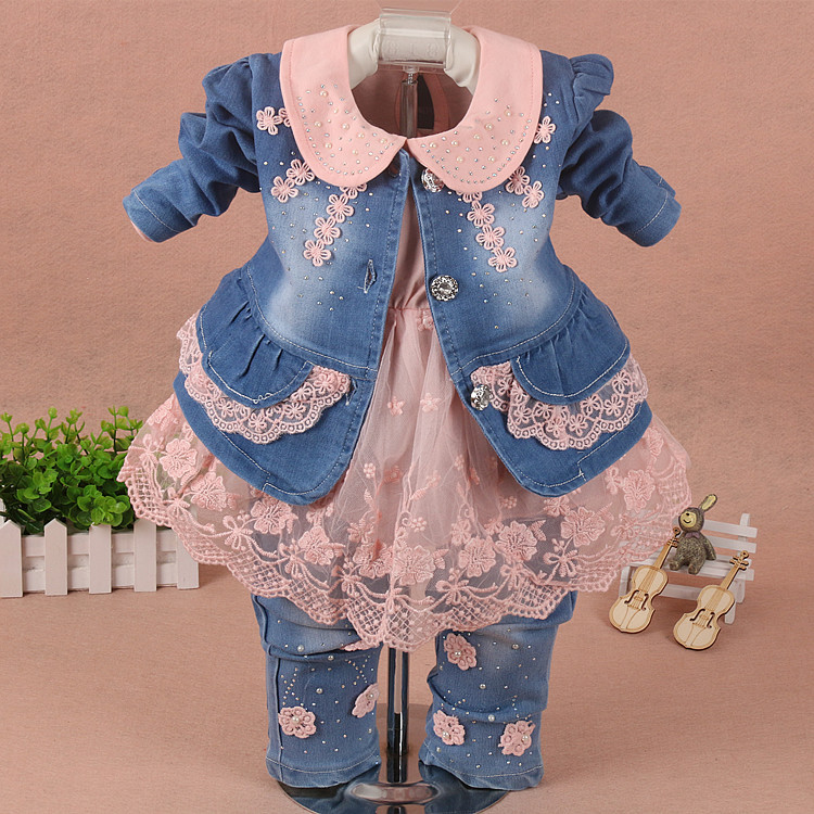 Childrens clothing 2018 spring and autumn girl suite cotton long-sleeved denim flower lace baby three-piece fashion 1-2-3 years