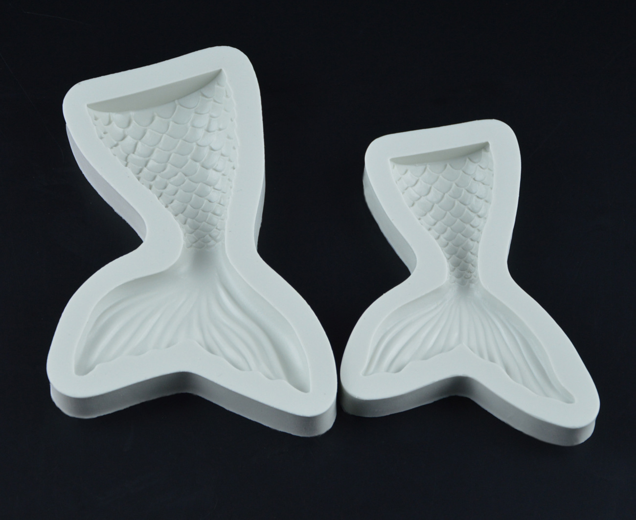 Two Size Cute Mermaid Tail Mold Fondant Cake Silicone Mold