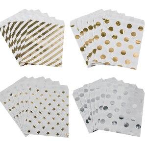 Image 1 - WEIGAO Bolsa de regalo de estrellas a rayas con puntos dorados, bolsas de papel para decoración de fiesta de cumpleaños para niños, bolsa de Bar de dulces, galleta de aperitivo, 25 uds.