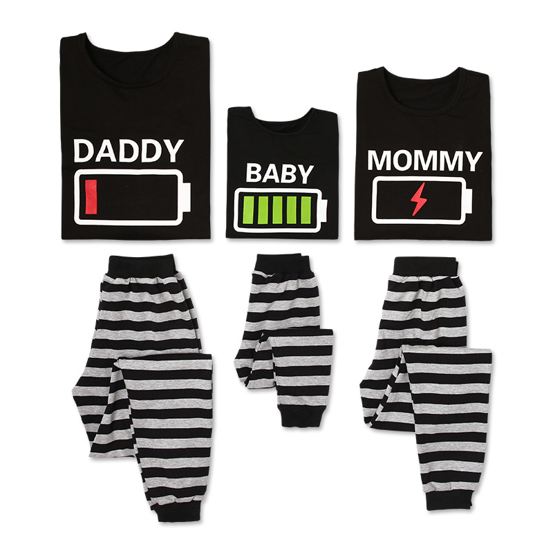PatPat Spring New Parent-child Striped Cotton Casual Battery Power Pattern Family Pajamas Set