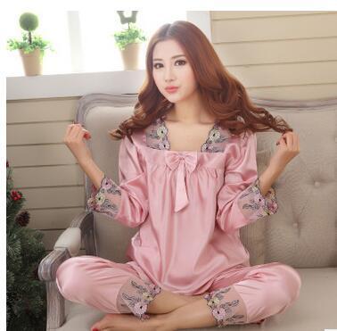 Novo Estilo Mulheres Conjuntos Pijamas de Seda Primavera Verão 2015 Design Elegante Do Laço Bordado Feminino Pijama De Cetim, Vermelho, Verde, Rosa escuro
