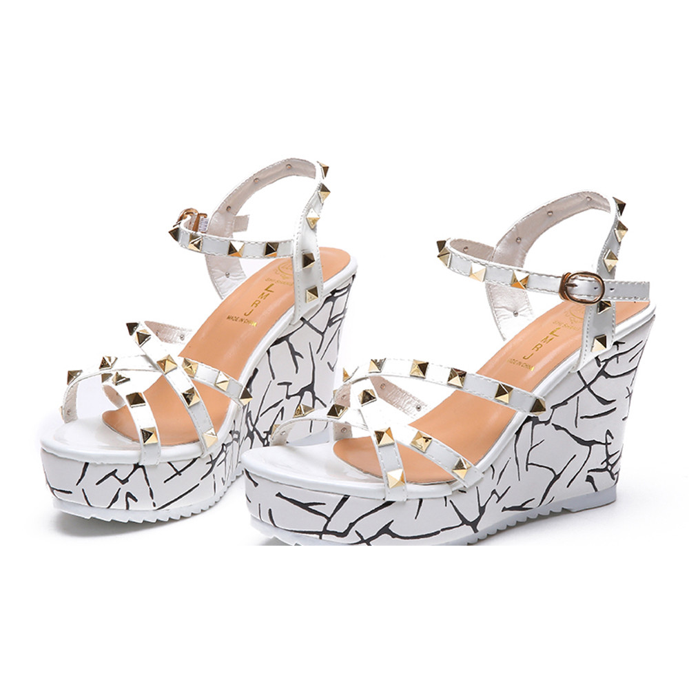 Zapatos Mujer 2018 Shoes Woman Sandals Wedge Summer Lady Fashion High Heels Sandals Elegant Rivets Women Shoes Platform Wedges 38