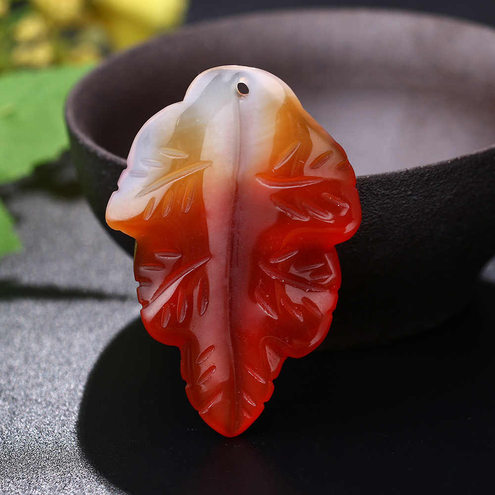 5A Natural Jade Agate Necklace Maple Leaf Pendant Women Men Chalcedony Necklace Hand Carved Clothes Chinese Charm Sweater Chain natural jade black pendant women jewelry pendants black obsidian handmad carved chinese charm necklace fashion hand carved gift