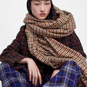 Image 1 - 2018 ใหม่แฟชั่นฤดูใบไม้ร่วงฤดูหนาวผ้าขนสัตว์ชนิดหนึ่งลายสก๊อต pashmina ผ้าพันคอ swallow gird ผู้หญิงหนาผ้าพันคอผ้าพันคอยี่ห้อ shawl wraps